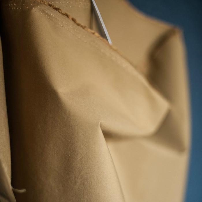 Tissu coton huilé Merchant and Mill - olive x 10 cm