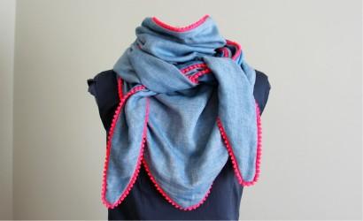 Tuto grand foulard à pompons
