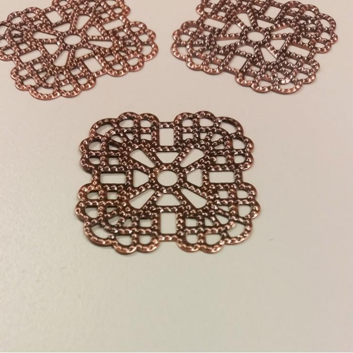 Estampe filigranée carrée 36mm cuivre x1