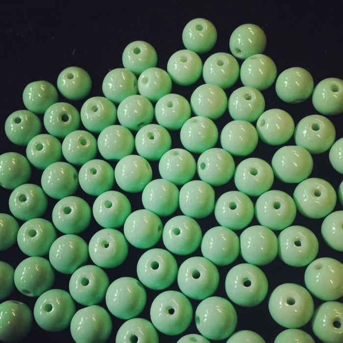 Perle en verre unies vert d'eau