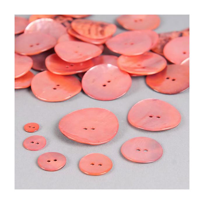 Bouton en nacre deux trous rose saumon