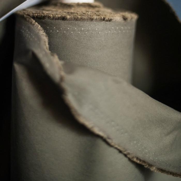 Tissu coton huilé Merchant and Mill - kaki x 10 cm