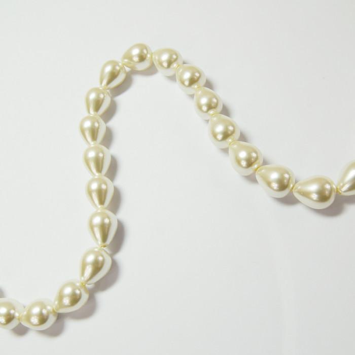 Perles nacrées goutte 12 x 10mm ecru x1