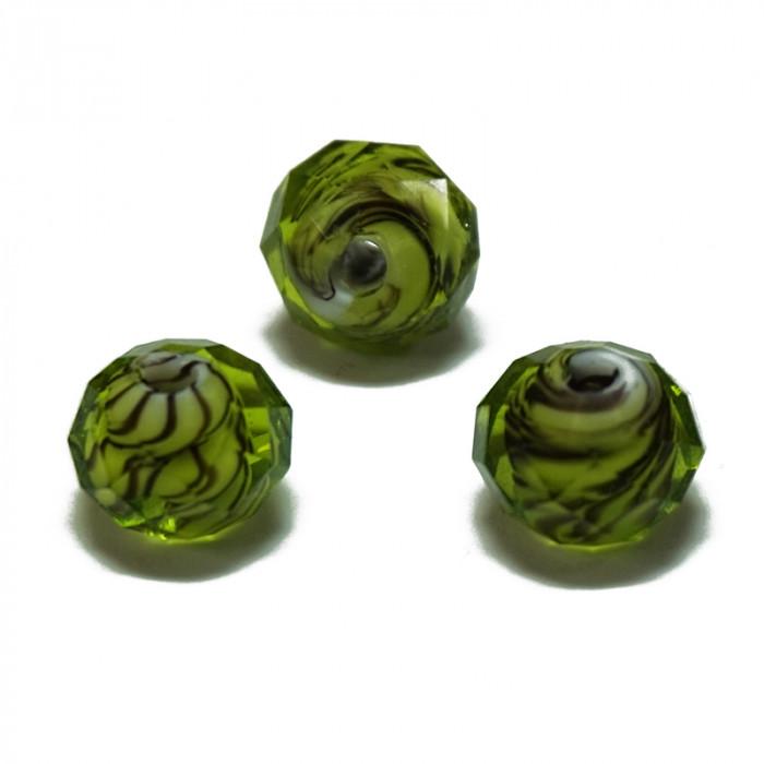 Perle facettée en verre vert et brun 7mm x1