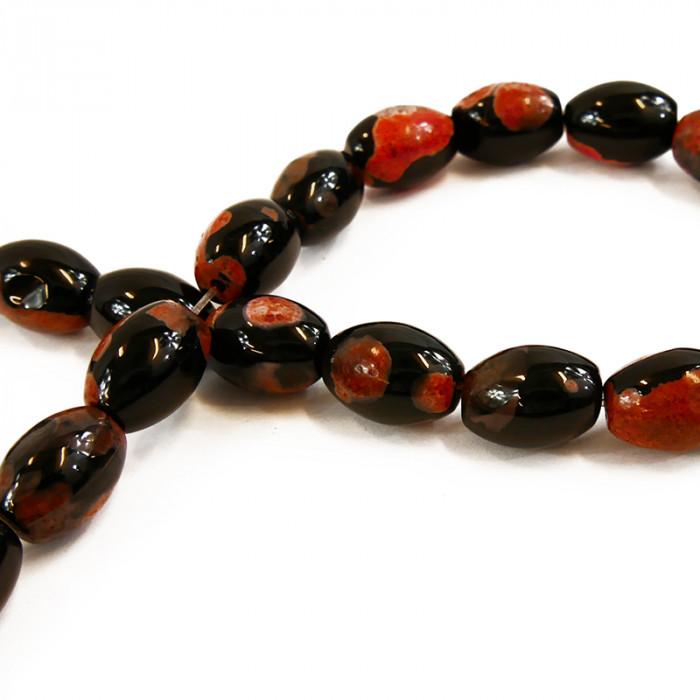 Perle allongée agate teintée orange foncée et noire 16mm x1