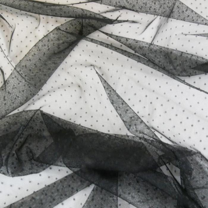 Tissu tulle plumetis - noir x 10 cm
