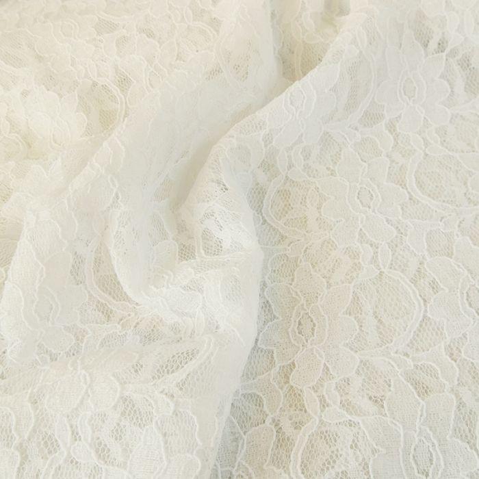 Tissu dentelle fleurs - blanc x 10 cm