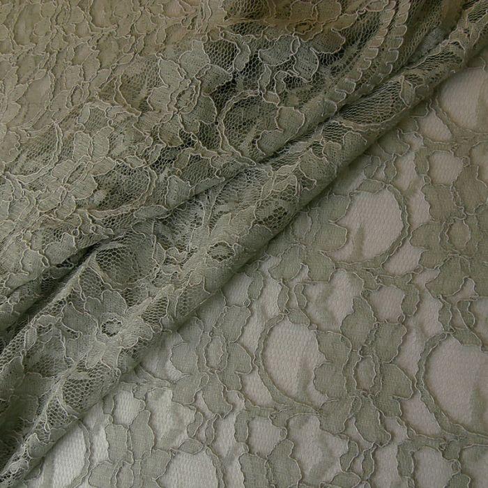 Tissu dentelle fleurs - gris x 10 cm