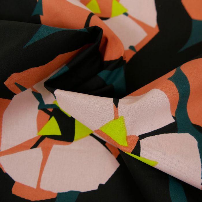 Tissu coton Okina Hana fleurs noir - vert x 10 cm
