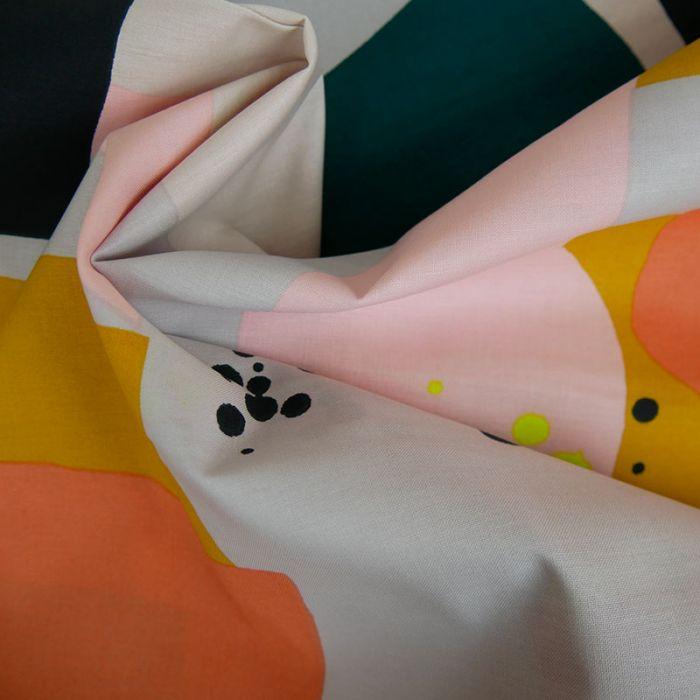 Tissu coton graphique gris - Rico Design x 10 cm