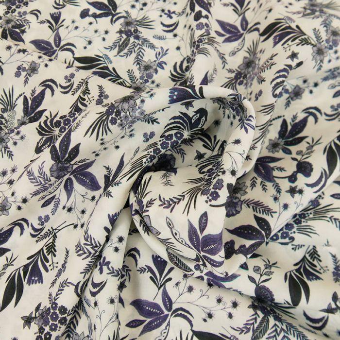 Tissu viscose fleurs bleues - écru x 10 cm