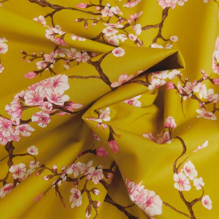 Tissu viscose fleurs japonaises - moutarde x 10 cm