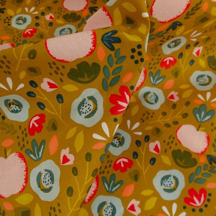 Coupon coton enduit pommes fleurs moutarde - 110 X 150 cm