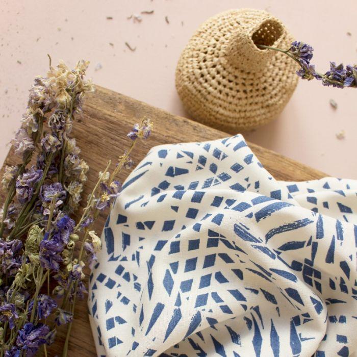 Tissu viscose Shade Cobalt - Atelier Brunette x 10 cm