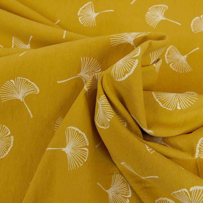 Tissu coton lavé feuilles Ginkgo - moutarde x 10 cm