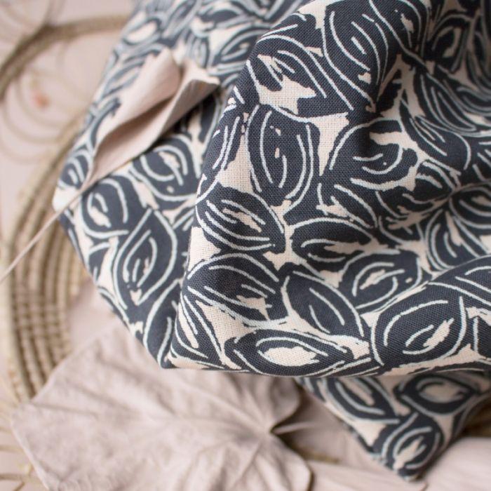 Tissu Petal Night - Atelier Brunette x 10 cm