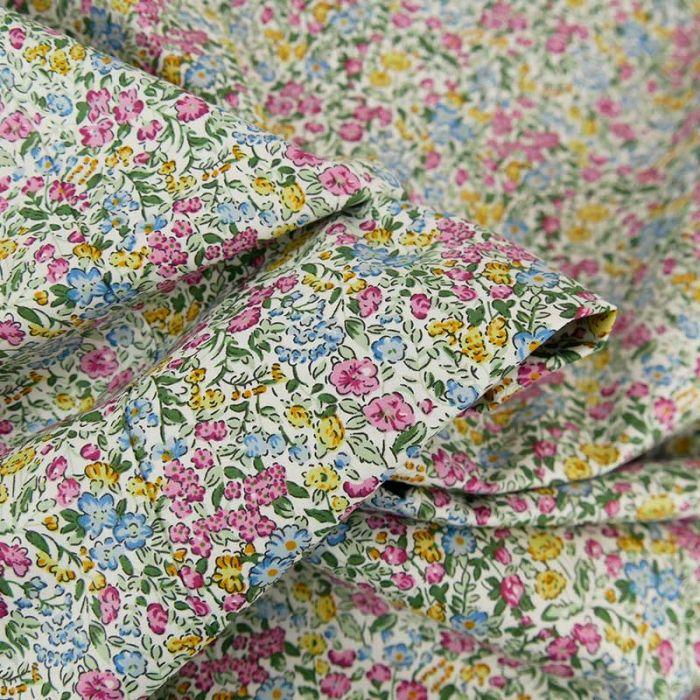 Tissu popeline de coton fleurs aquarelle - violet x 10 cm