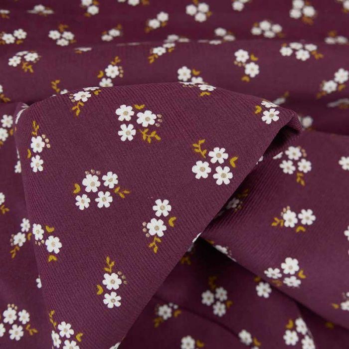 Tissu velours milleraies fleurs blanches - prune x 10 cm