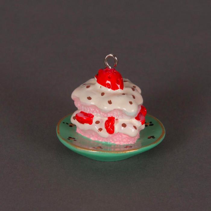 Breloque part de gateau aux fraises x1