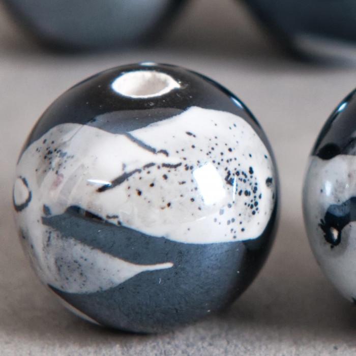 Perle en céramique à motifs ronde noir 20mm x1