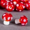 Perle en verre champignon 19mm rouge à pois blanc x1