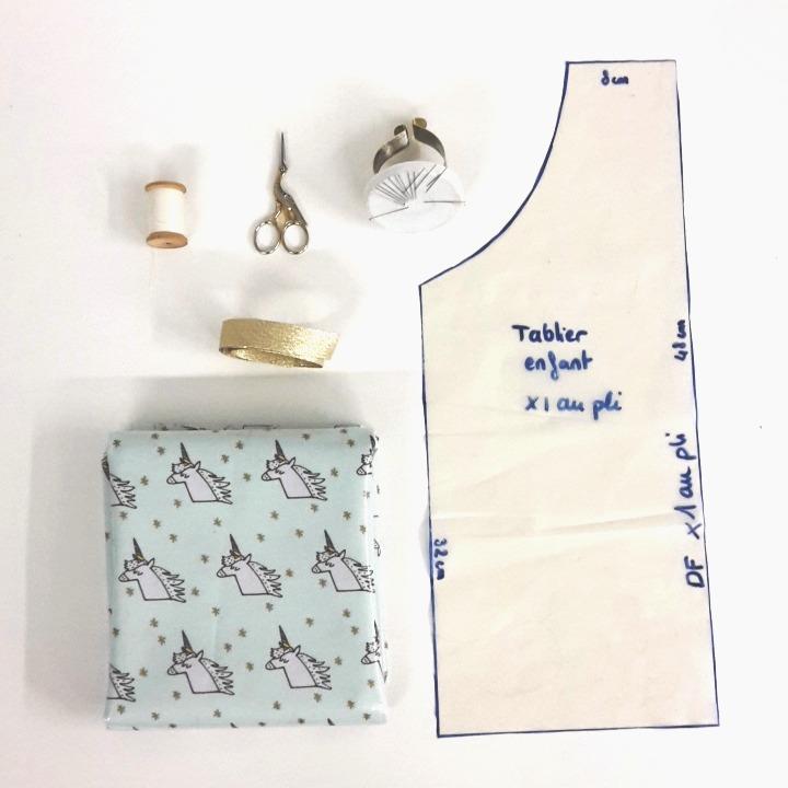 tuto couture tablier licorne tissu Atelier de la Création